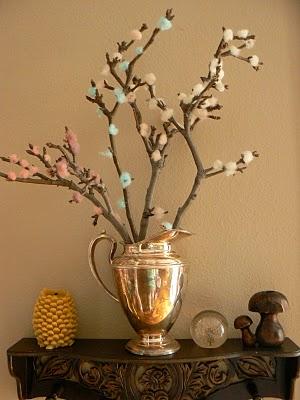 Ramas de rbol decoradas con lana ed kame - Como decorar un arbol seco ...