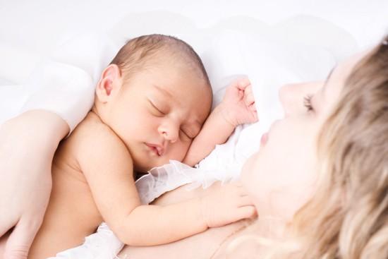 Juegos y juguetes para beb s de 0 a 3 meses ed kame - Juguetes para bebes de 2 meses ...