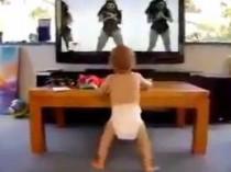 Bebé baila el video de Beyonce