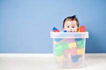¿Tienen los niños demasiados juguetes?