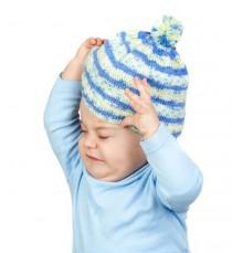 Enseñando a los niños a tejer sin agujas