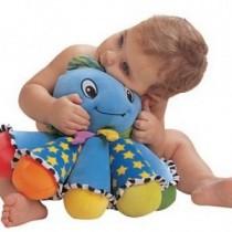Quiero que mi hijo supere el miedo a un juguete