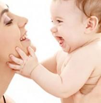 ¿Puedo poner a mi bebé de 4 meses en el taca-taca?