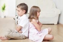¿Tiene mi hijo celos de su hermano?