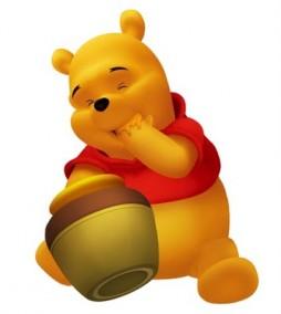 Pooh comiendo miel