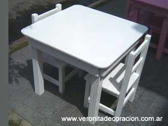 Decorar una mesa y silla infantil